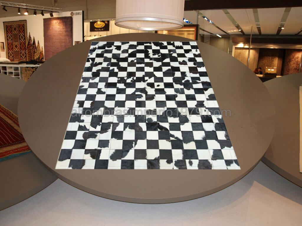 Alfombras negras y blancas materiales de construcci n - Alfombra blanca ikea ...