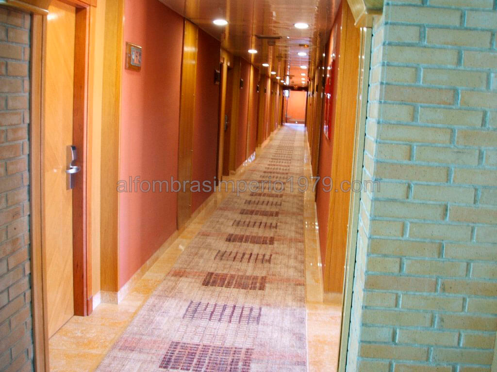 Pasillo hoteles a medida instalaciones de moquetas realizadas - Alfombras pasillo ...