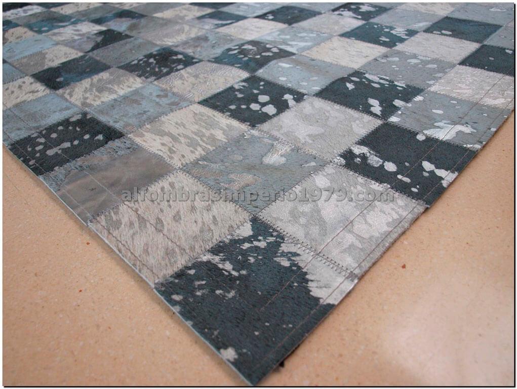 Patchwork piel gises acidos plata alfombras de piel for Alfombras de cuero