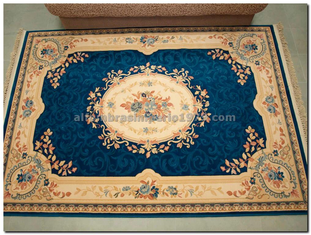 alfombra de lana clasica clara azul alfombras clasicas