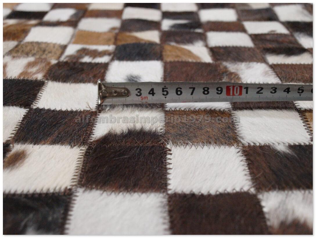 Alfombra patchwork piel marrones negros y blancos 5x5cm alfombras - Alfombras patchwork baratas ...