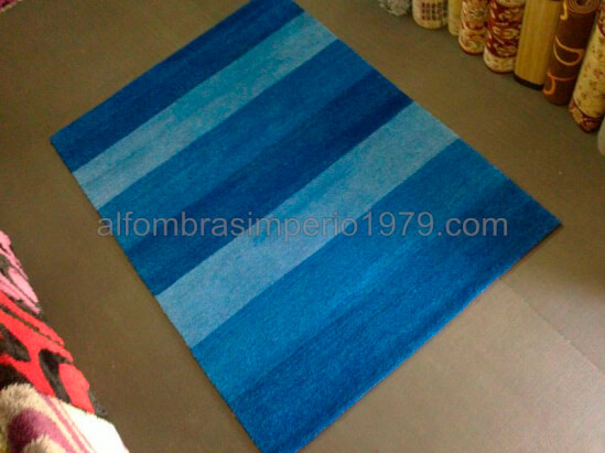 Alfombra lana moderna manual easy azul alfombras baratas - Alfombras lana modernas ...