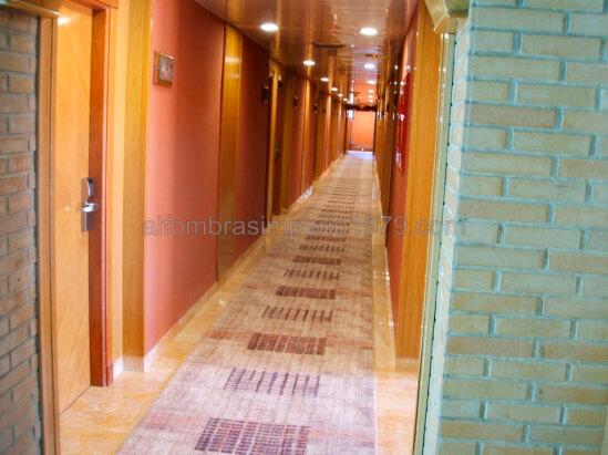 Pasillo hoteles a medida instalaciones de moquetas - Alfombras lisas baratas ...