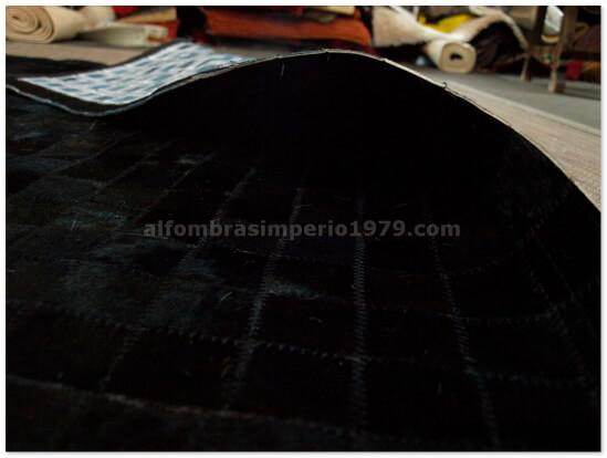 Alfombra Patchwork piel negra 5x5