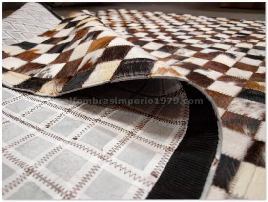Alfombra Patchwork Piel Marrones, negros y blancos 5x5cm